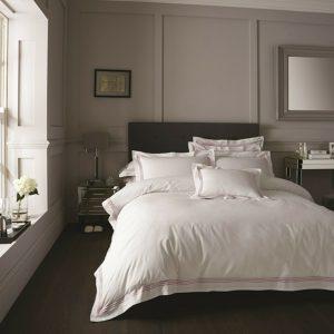 White / Pink Hotel Duvet Cover + Pillowcases DORIA